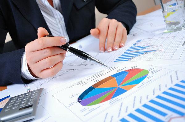 Плюси і мінуси міжнародної звітності МСФЗ